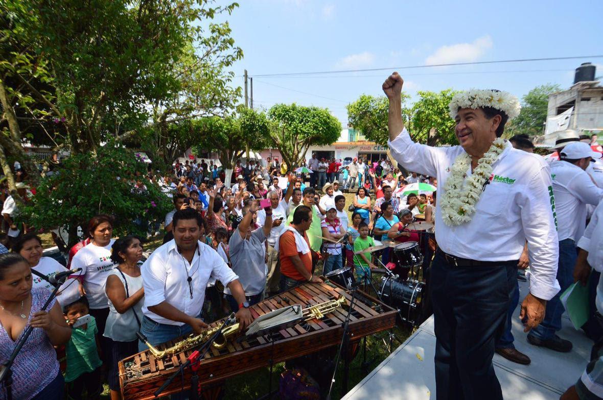 Hector Yunes Landa  Amatlan de los Reyes  26-05-2016-02