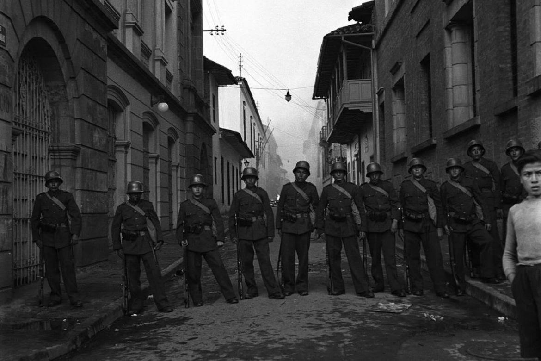 policia-bogotazo-manifestaciones-masacre-policia-Daniel-Rubio-1170x780