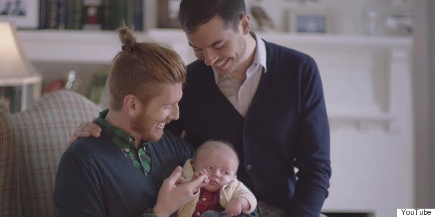 Pegue um tecido de Tylenol Para reconfortante, Gay-Inclusive New Commercial