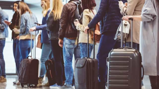 MPF vai investigar cobrança de bagagem de mão em aéreas