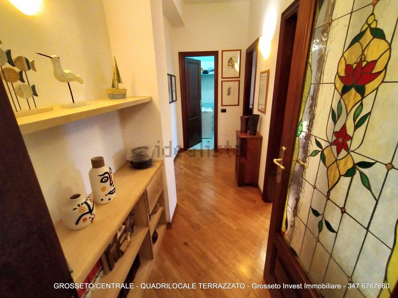 Grosseto Invest di Luigi Ciampi vendita appartamento Corridoio di Quadrilocale vendita via Depretis, 30, Centro, Grosseto