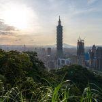 Vue de Taipei, avec la tour 'Taipei 101' dans le district de Xinyi, à Taïwan, le 14 mai 2016. (Crédits : Daniel Kalker / DPA / via AFP)