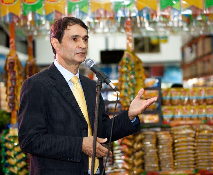 Resultado de imagem para Romero participa de coquetel de lançamento do Atacavarejo Rio do Peixe