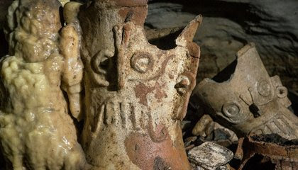 Cave Full of Untouched Maya Artifacts Found at Chichén Itzá image