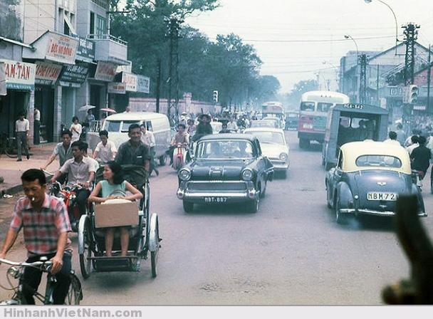 Góc Hai Bà Trưng – Hiền Vương (Võ Thị Sáu) – 1968