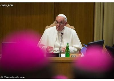Już jest! Przeczytaj po polsku dokument Synodu Biskupów