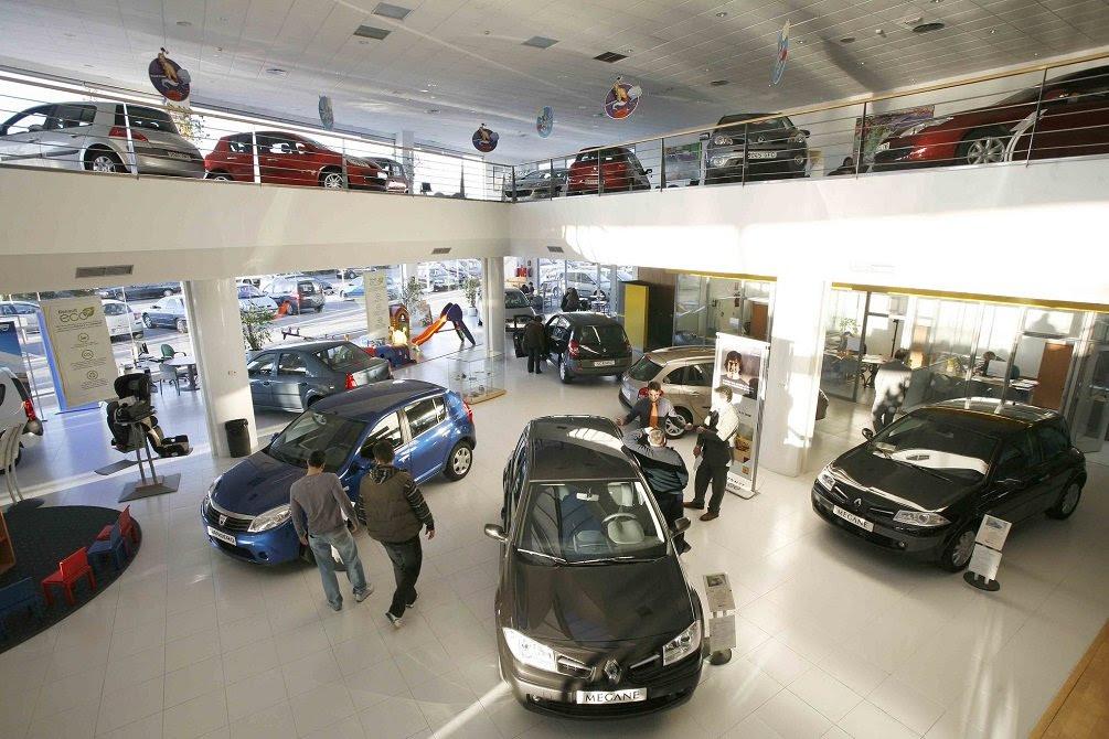 Las ventas de coches continúan en negativo... y el coronavirus ahondará en la crisis