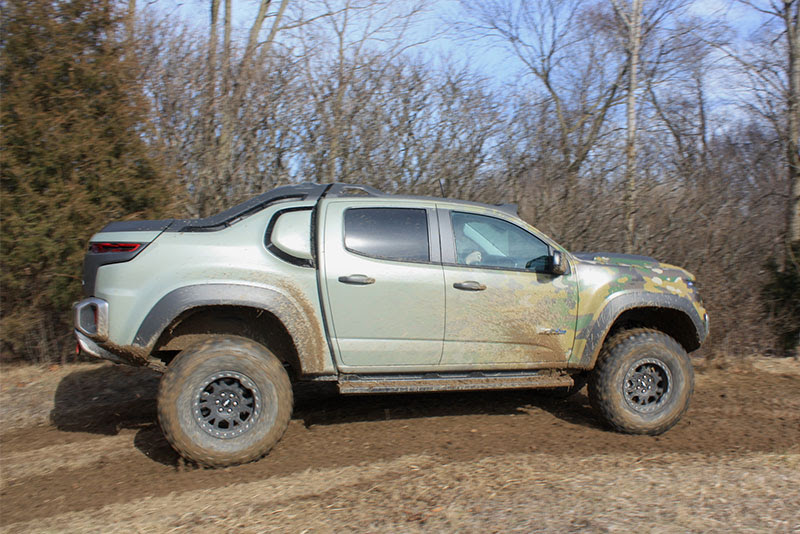 Chevrolet Colorado ZH2 hydrogen fuell cell truck side