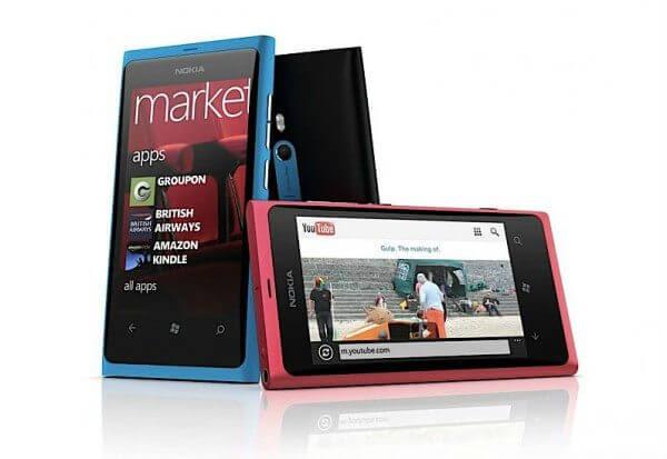 Nokia Lumia 800, um dos primeiros Windows Phone