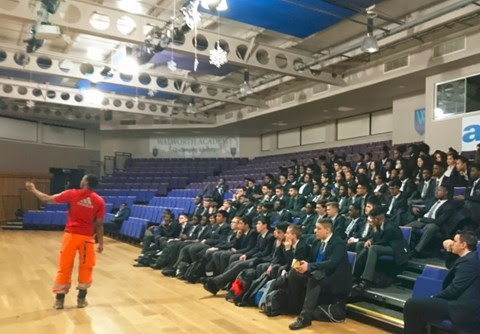 Apprentices from Network Rail's Thameslink Programme inspire young people to consider an apprenticeship on the railway
