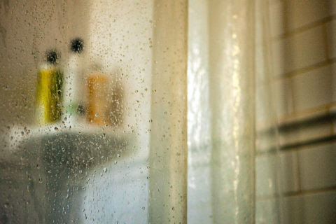 7 Surprising Mistakes People Make With Shower Curtains