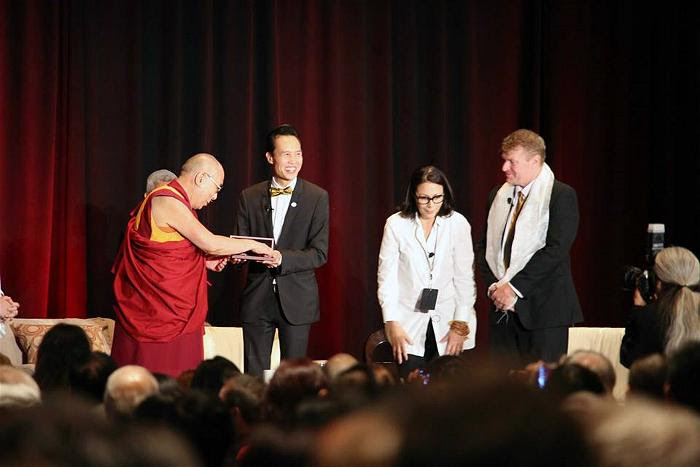 dalai lama at garden grove 2