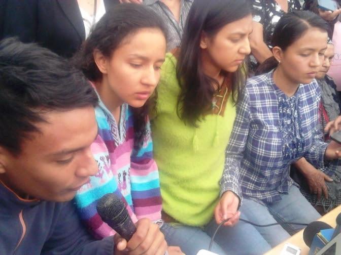 Comunicado de las hijas,hijo y madre de Berta Cáceres: En presencia del lecho de nuestra Bertha, nuestra mamá, nuestra hija, nuestra guía