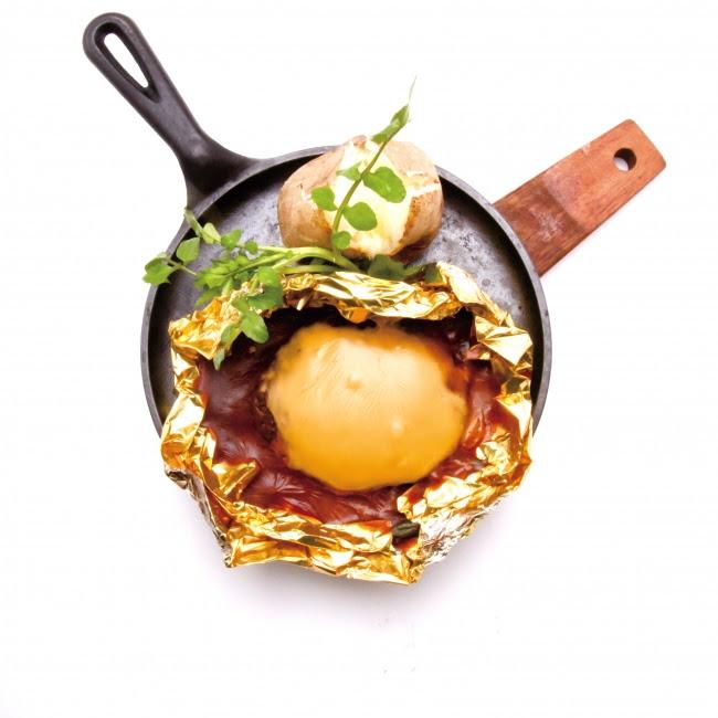 ●萌のチーズハンバーグ 1,458円(税込)