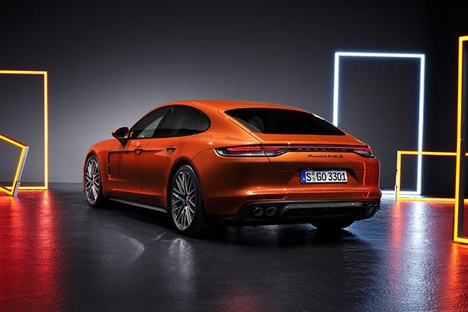 2021 Porsche Panamera Turbo S rear