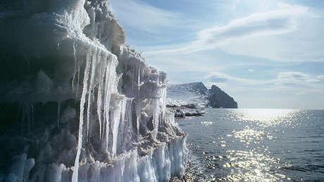 Costas del pueblo Siréniki, Distrito Autónomo de Chukotka, Rusia.