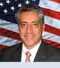 Dr Luis Padilla