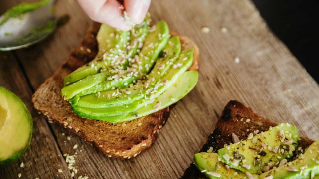 Saiba como preparar um delicioso Avocado Toast