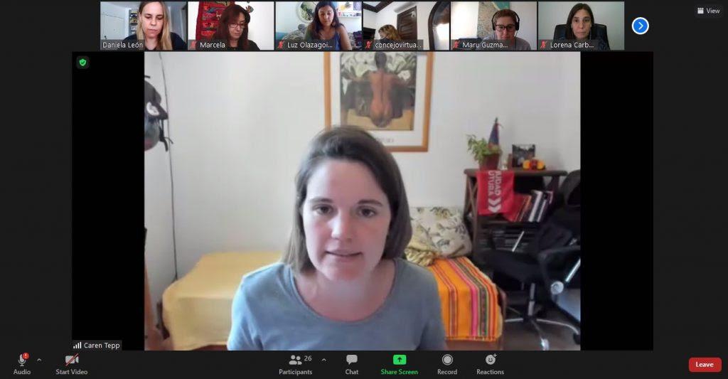 La presidenta de Feminismos y Disidencias, Caren Tepp, preside la reunión virtual