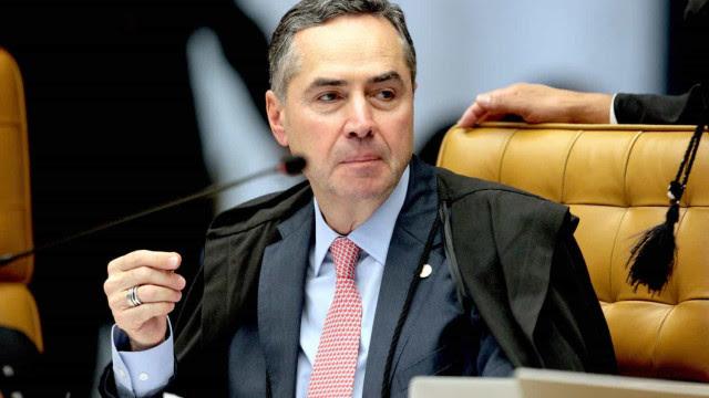 Barroso cita pandemia e derruba sanções a quem não votou na eleição; decisão vai ao plenário do TSE