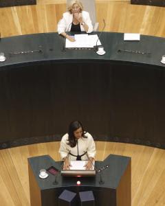 La líder de Ciudadanos en el Ayuntamiento de Madrid, Begoña Villacís, durante su intervención  tras el acto de constitución del consistorio madrileño y la elección de Manuela Carmena como nueva alcaldesa de la ciudad. EFE/Alberto Martín