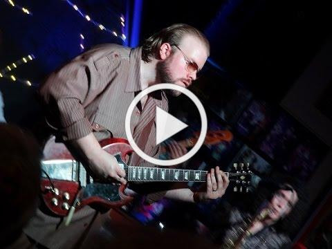 Stranger Blues - Kid Andersen at Lil Lou's BBQ on June 4th, 2015