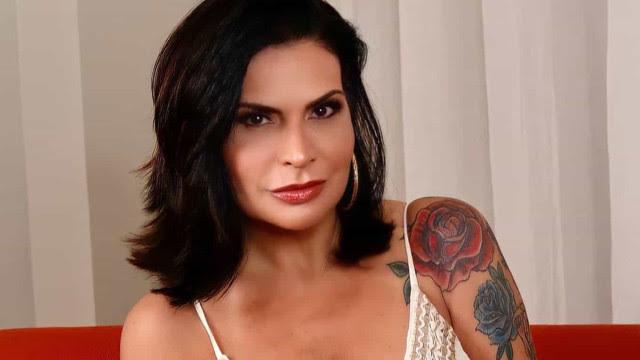 Solange Gomes é processada por escola da filha