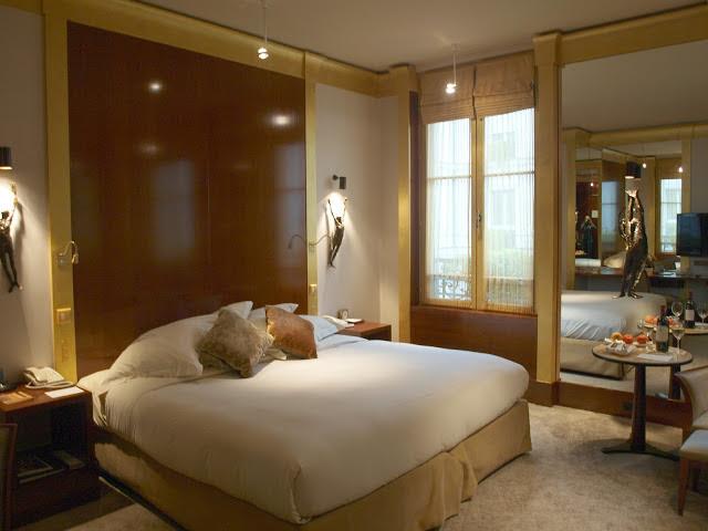 Park-Hyatt-Paris-Vendome-bedroom-by-Hello-Lovely-Studio