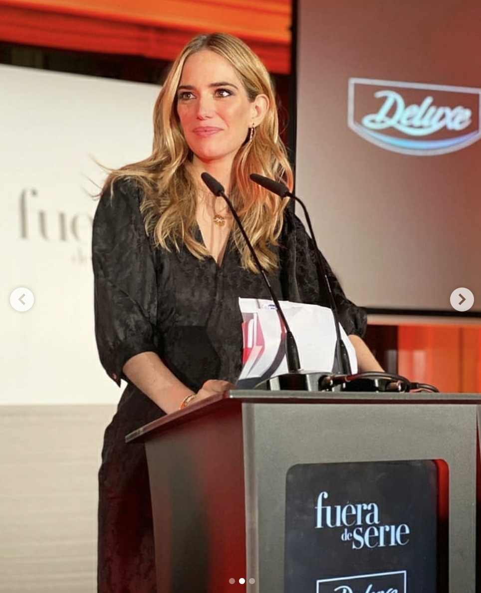 3ce3725a ea72 4e5c b293 a371e518ef69 - Teresa Baca luce marcas de Replica en los Premios Gourmet Fuera de Serie 2020
