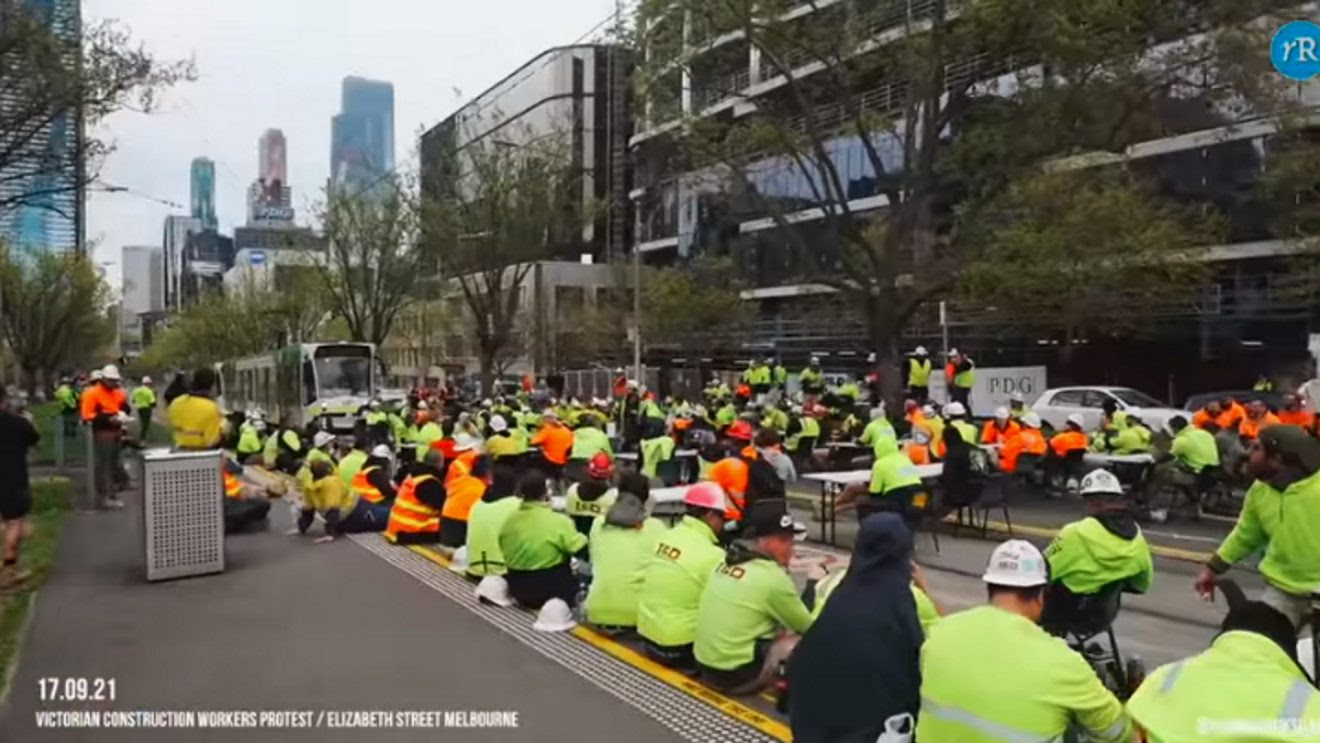 Australian Construction Workers Protest Against Government Restrictions and Mandates Construction-1320x743