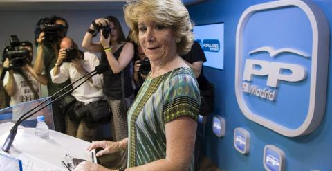Esperanza Aguirre durante la rueda de prensa en la sede del PP / REUTERS