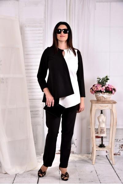 Черно-белая блузка большого размера