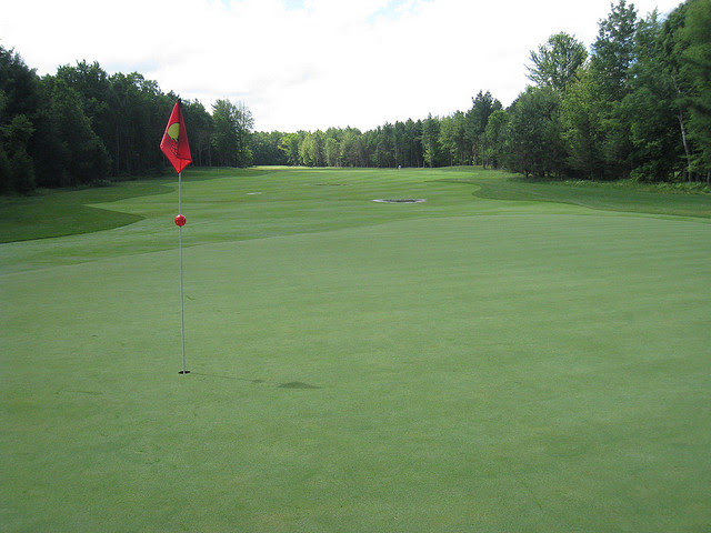 5. The nation's oldest golf course is located in Clarion.