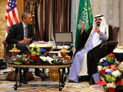 Barack Obama y el rey Abdallah de Arabia Saudí
