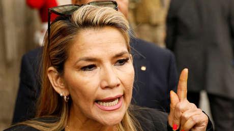 """Presidenta de facto de Bolivia anuncia medidas para frenar a """"grupos subversivos"""""""