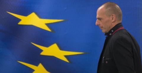 El nuevo ministro de Finanzas griego, Yanis Varoufakis, en la ceremonia de toma de posesión. REUTERS/Marko Djurica