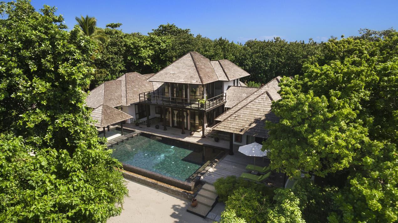 JA Manafaru Royal Island Suite