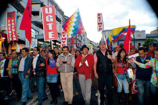 Jorge Herrera y demás dirigentes encabezan movilización