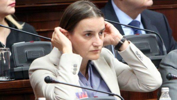 Πρωθυπουργός Σερβίας: Ανάμεσα σε ΕΕ και Ρωσία, η Σερβία θα διάλεγε την ΕΕ