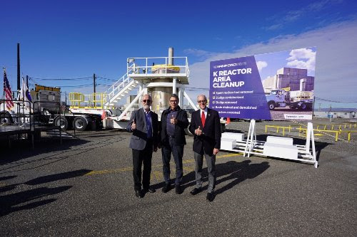 Rep. Walden, Rep. Newhouse, and Secretary Rick Perry gather for a picture at the Hanford site.