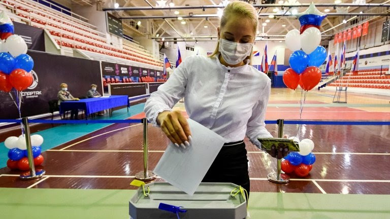 Russians vote on Putin's reforms to constitution