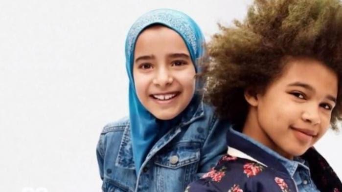 Publicité : l'image d'une enfant portant un voile fait polémique
