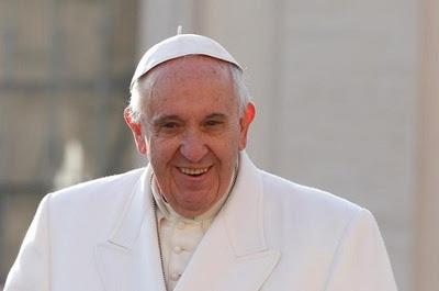 Papież: Nie wolno wtykać nosa w cudze życie moralne
