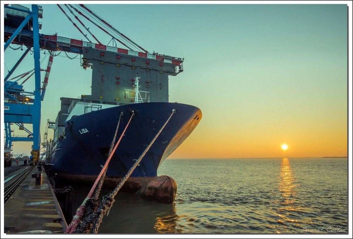 Infos - les Ports, et Infrastuctures maritimes Ob_61003f_lisa-t9056