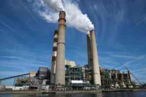 Replacing coal with gas or renewables saves billions of gallons of water