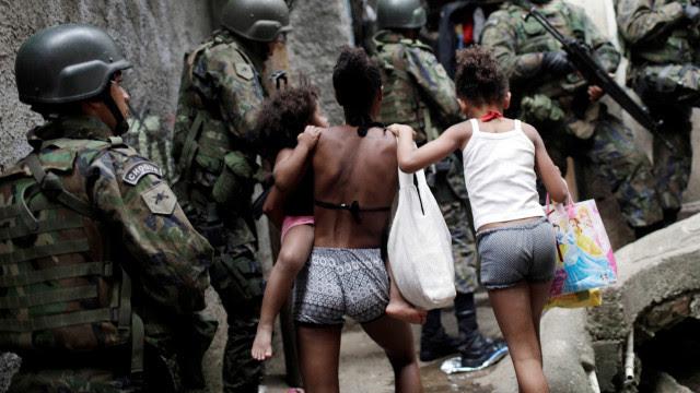 Polícia do Rio nega execuções e diz que mortes ocorreram por confronto