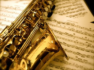 sax-with-music
