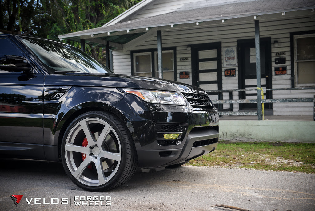Velos Designwerks Solo VI Forged Wheels on the Range Rover ...
