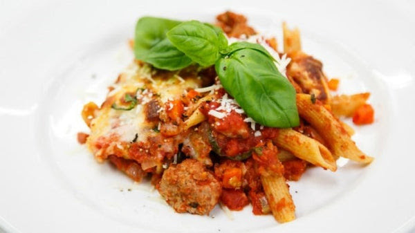Baked Bolognaise with Turkey, Carrot, Kale and Penne Pasta