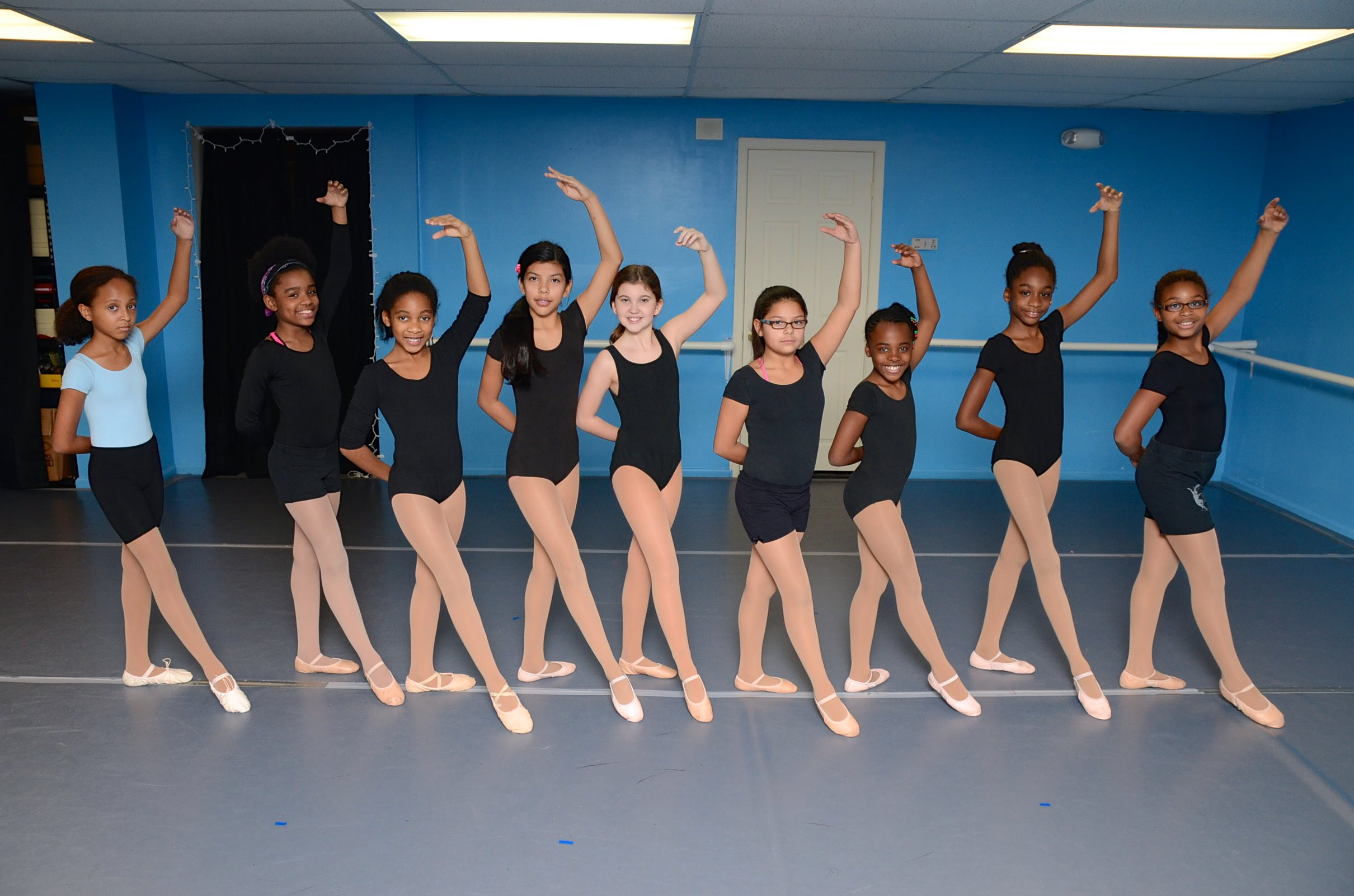 Dec 2014 - Joyful Motion Dance.199.jpg